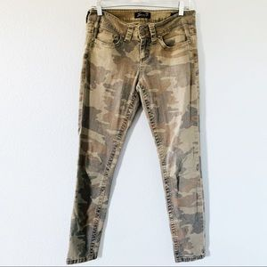 Seven 7 Camouflage Mid Rise Skinny Jeans Size 4